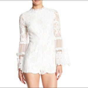 Pink Owl Mock Neck Bell Sleeve Lace Romper Size M